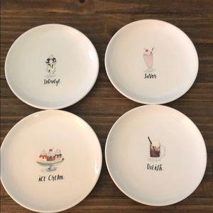 Set of 4 dessert plates
